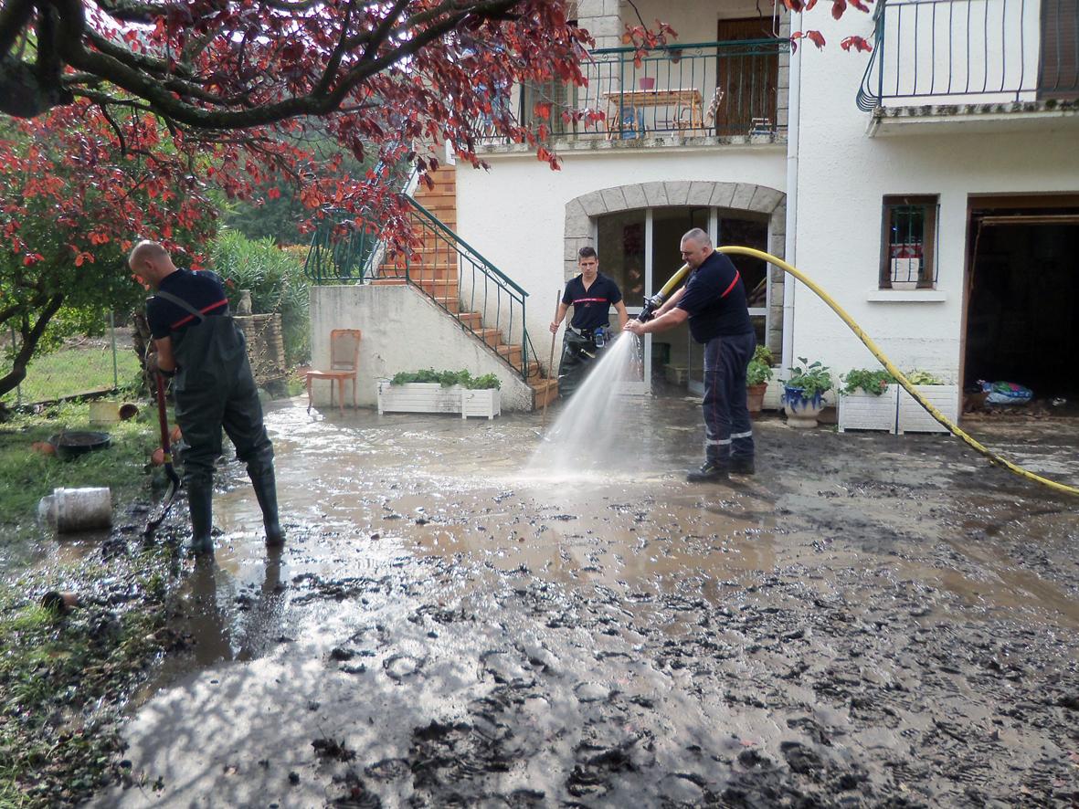 Renfort aux sapeurs-pompiers de l'Hérault