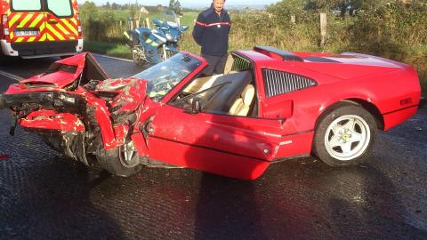 Accident particulier impliquant 3 Ferrari