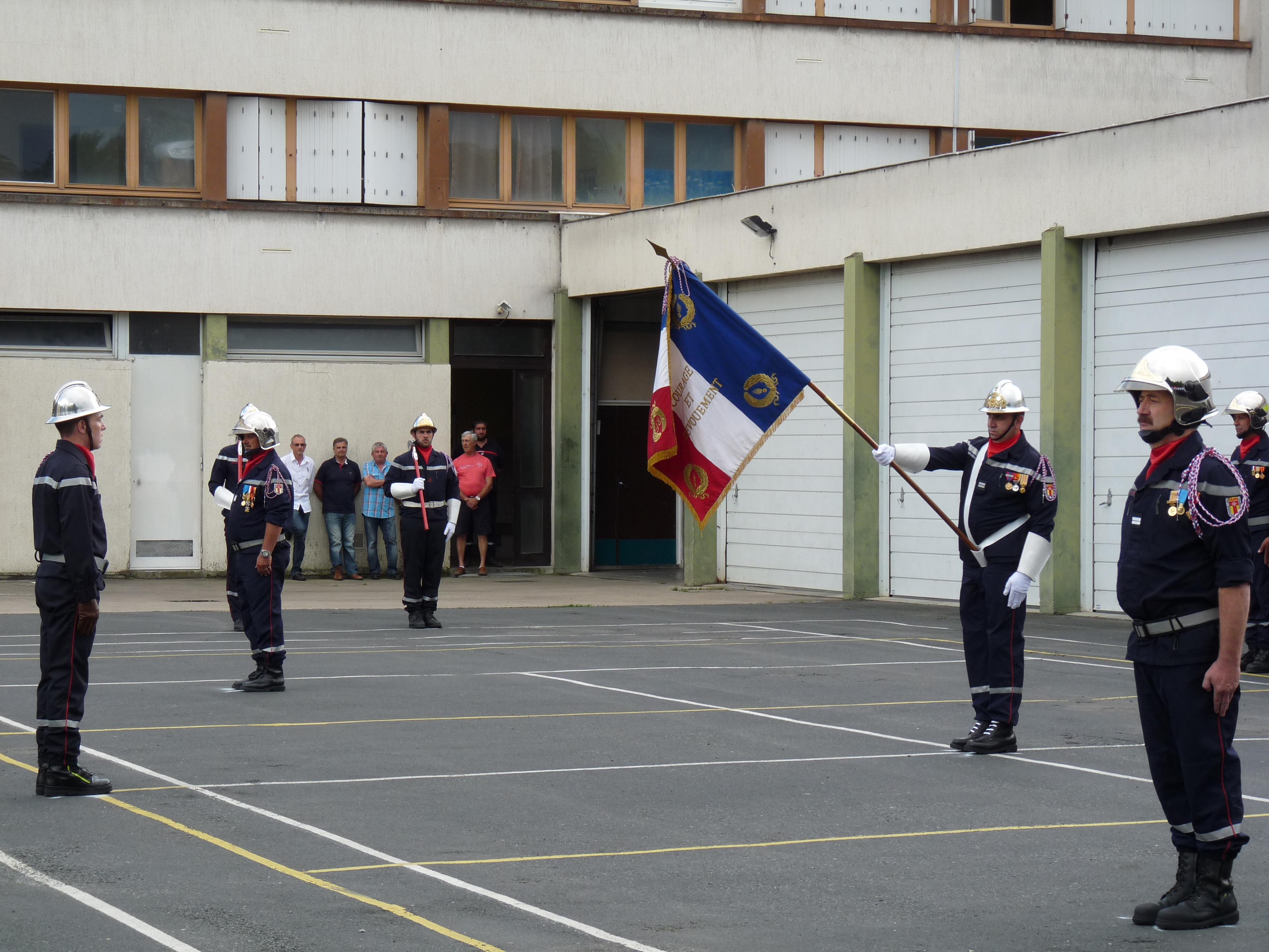 Passation de commandement au Centre d'Incendie et de Secours de Carmaux