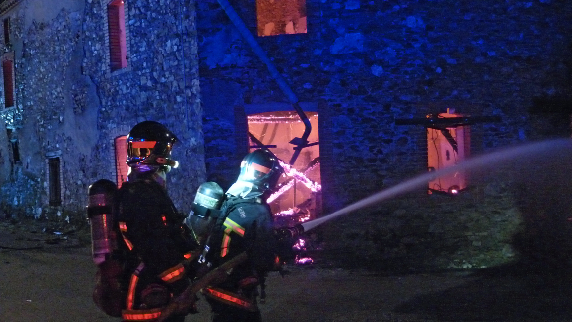 Incendie d'un entrepôt sur la commune de Pampelonne