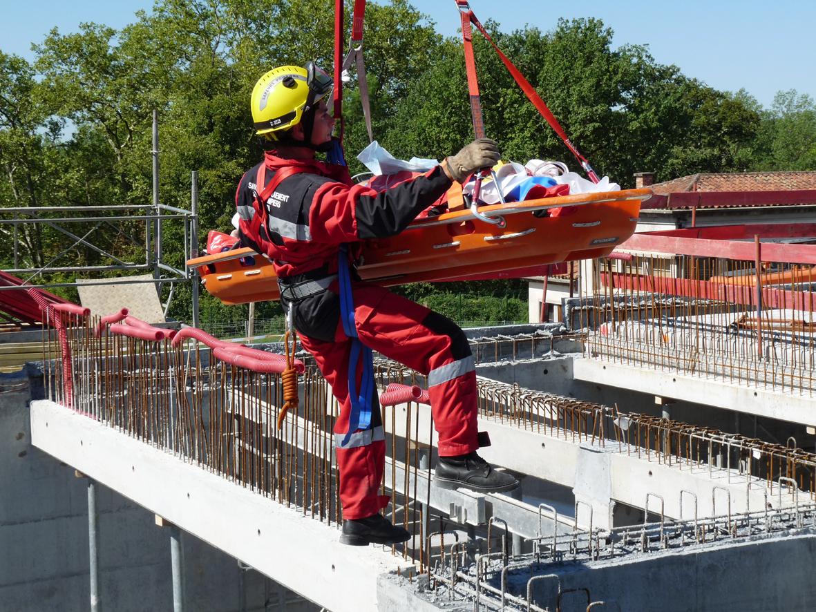 Un ouvrier chute de 5 mètres