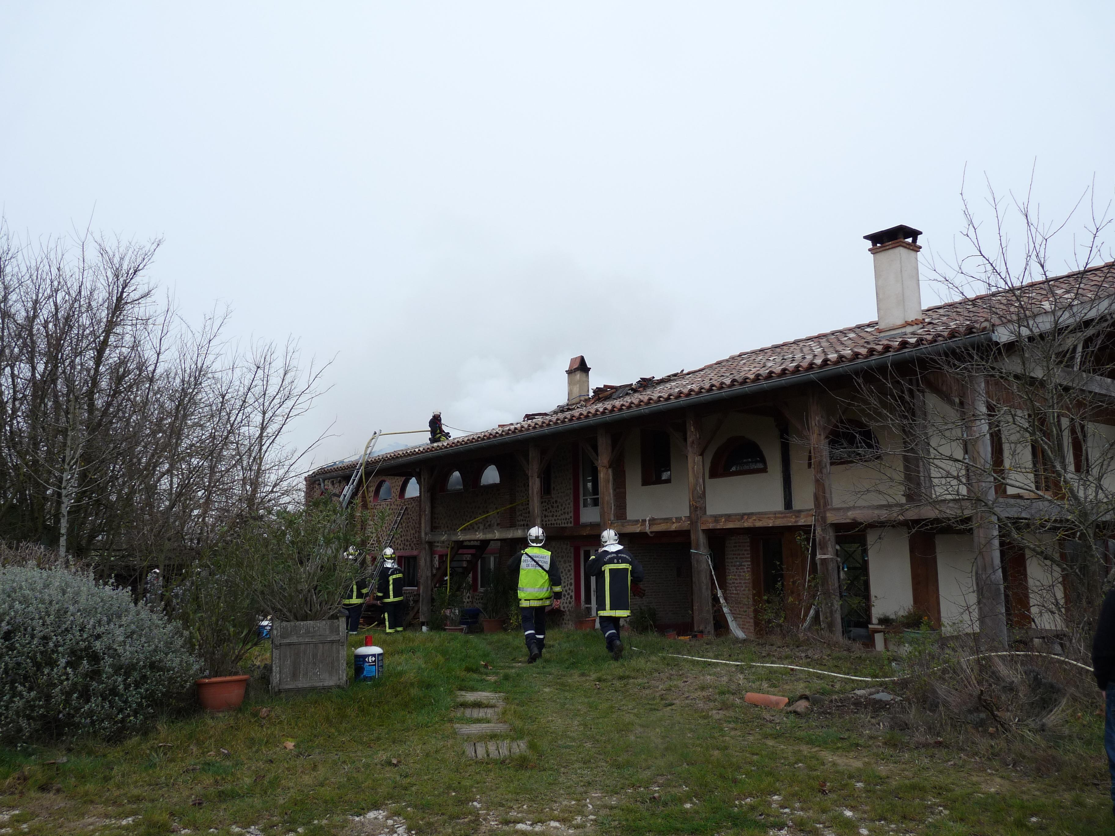 Feu de local artisanal sur la commune de Rabastens