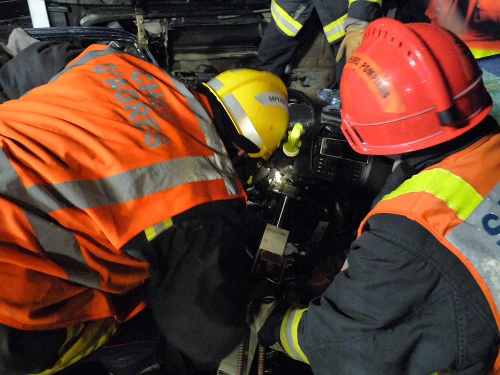 Accident entre un poids lourd et une voiture