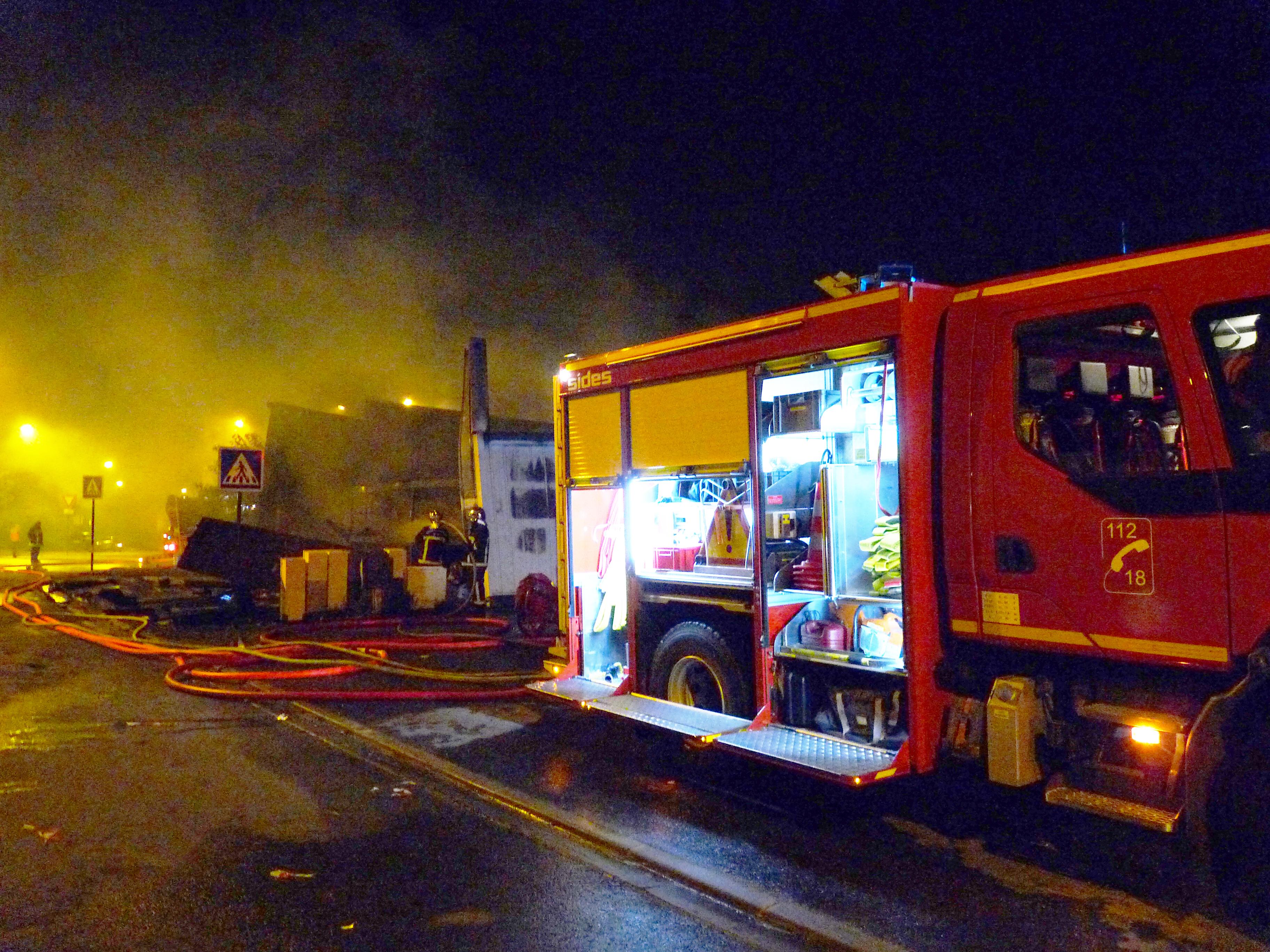 Feu de local industriel sur la commune de Castres