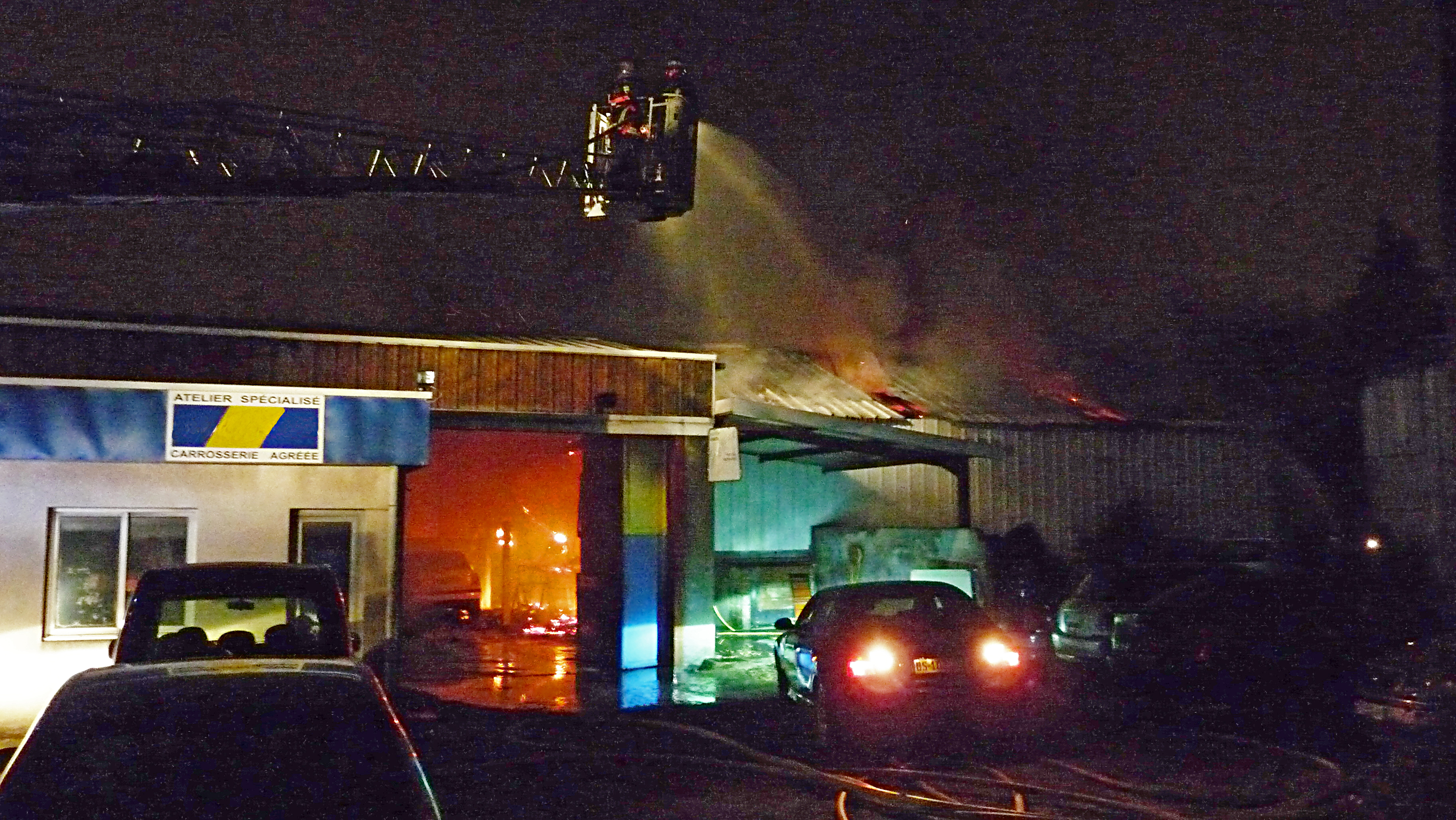 Feu de garage automobile sur la commune de Mazamet