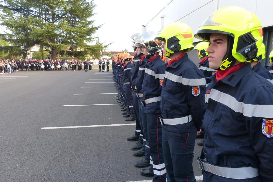 Cérémonie jeunes sapeurs-pompiers à l'Etat-Major d'Albi.