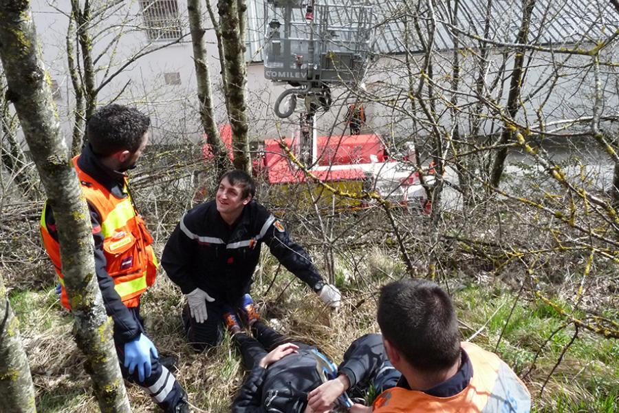 Le centre de secours de Lacaune-les-bains accueille une formation de chef d'agrès une équipe