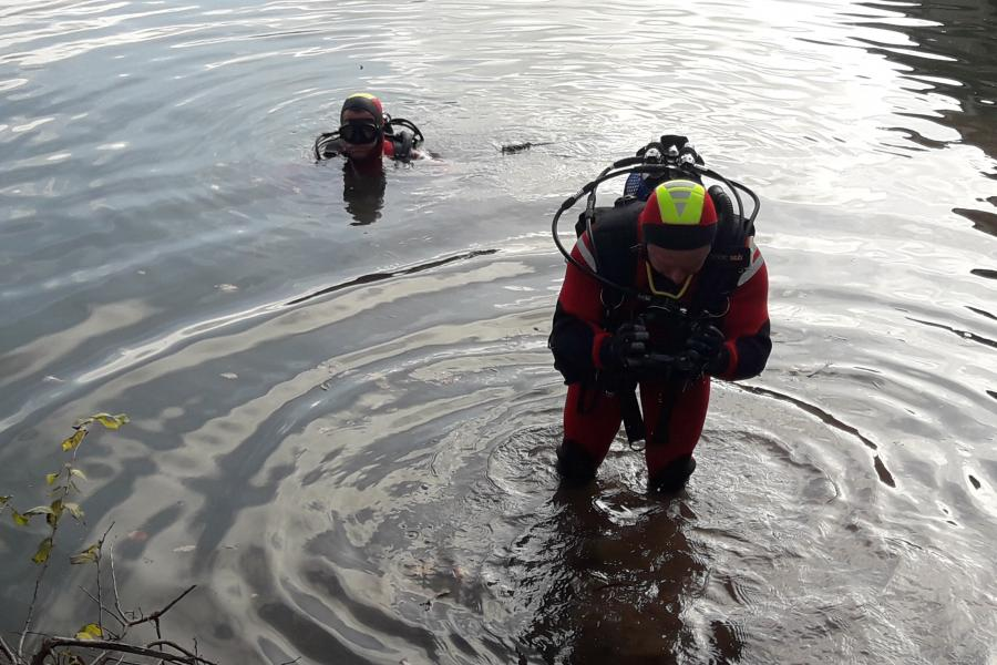 Marssac-sur-Tarn : un véhicule repêché par l'équipe plongée