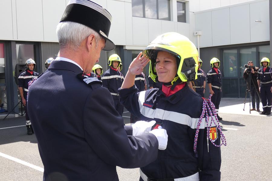 Cérémonie en l'honneur de 16 nouveaux sapeurs-pompiers professionnels