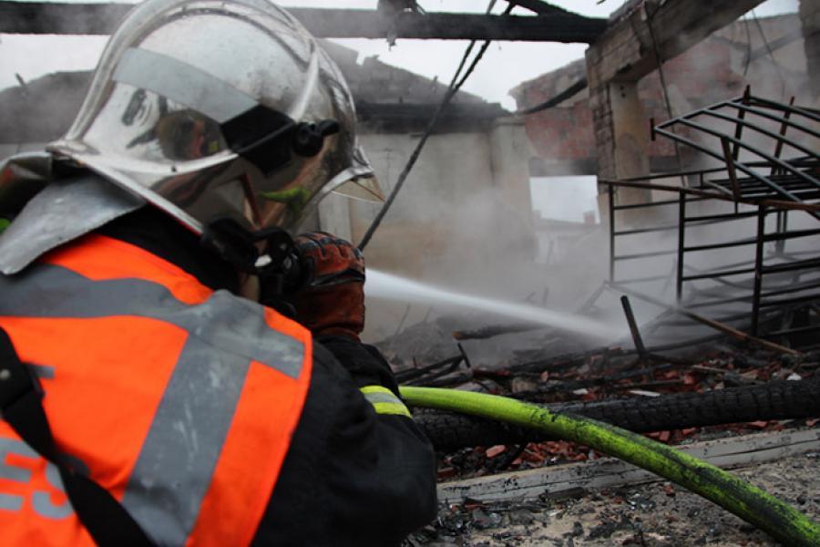 Violent incendie dans un magasin de mousse à ALBI