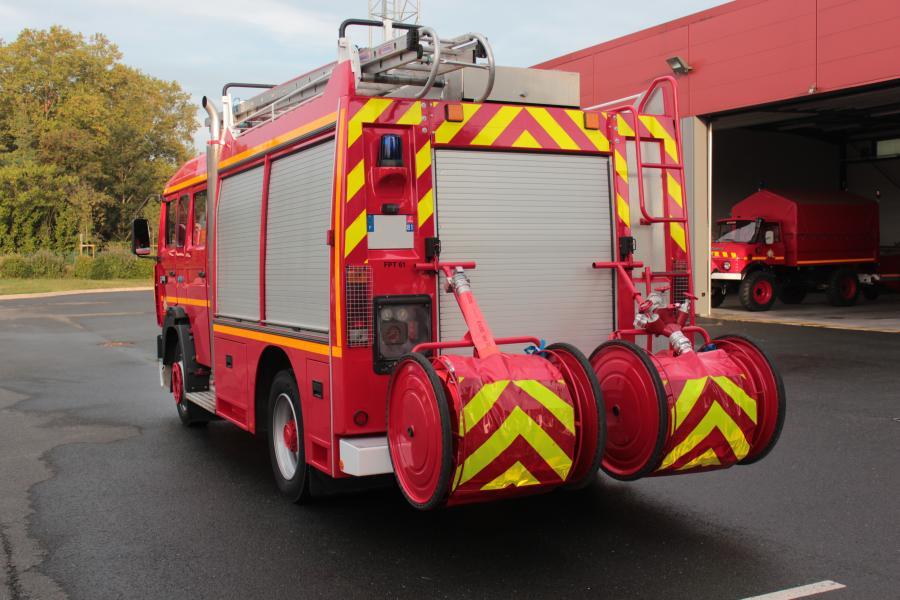 Nouveau fourgon incendie à Lisle-sur-Tarn