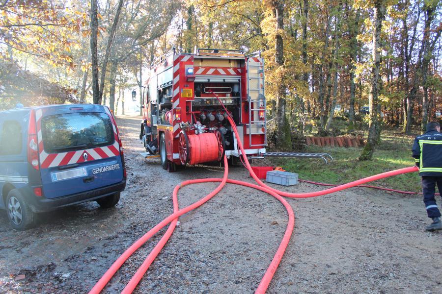 Une maison en construction détruite par un incendie à Saint-Gauzens