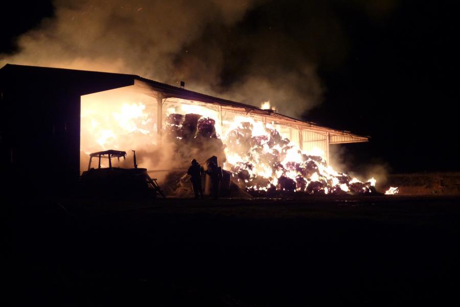 Deux feux de hangars agricoles sur la commune de Cadalen