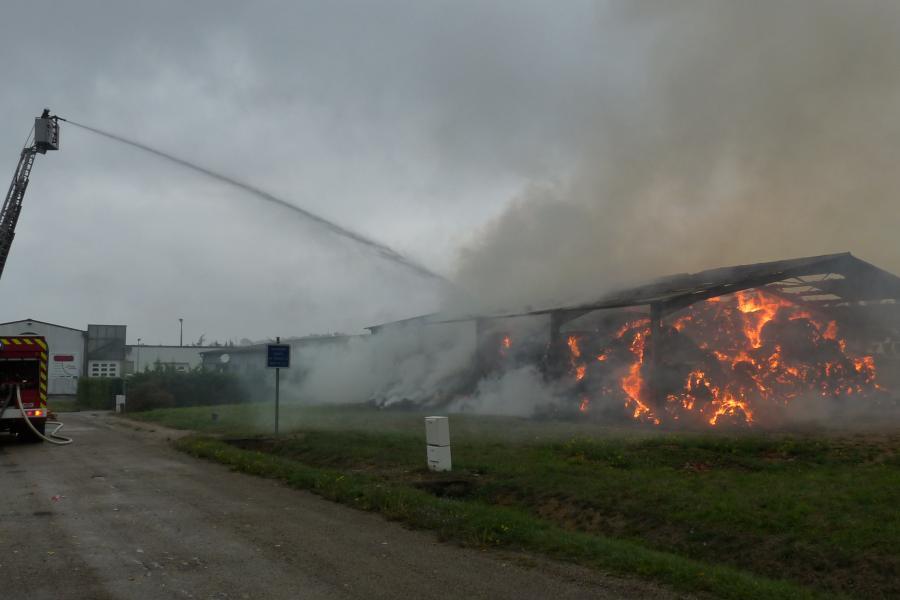 Feu de hangar agricole sur la commune de Lagarrigue