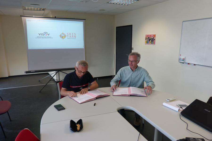 Signature de convention entre le SDIS et VISOV