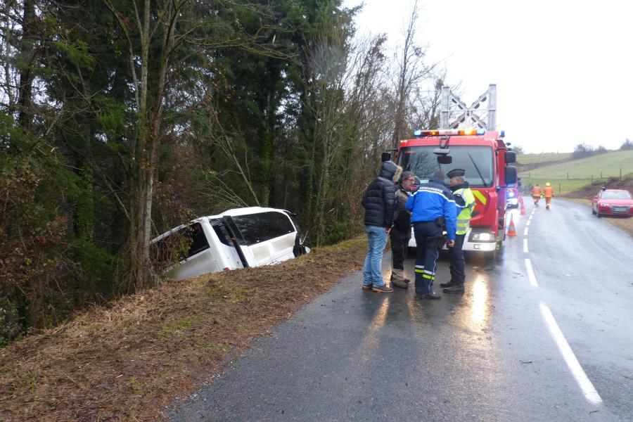 Accident de bus scolaire sur la commune de Teillet