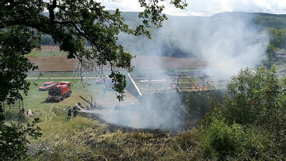 Feu de hangar agricole sur la commune de Milhars